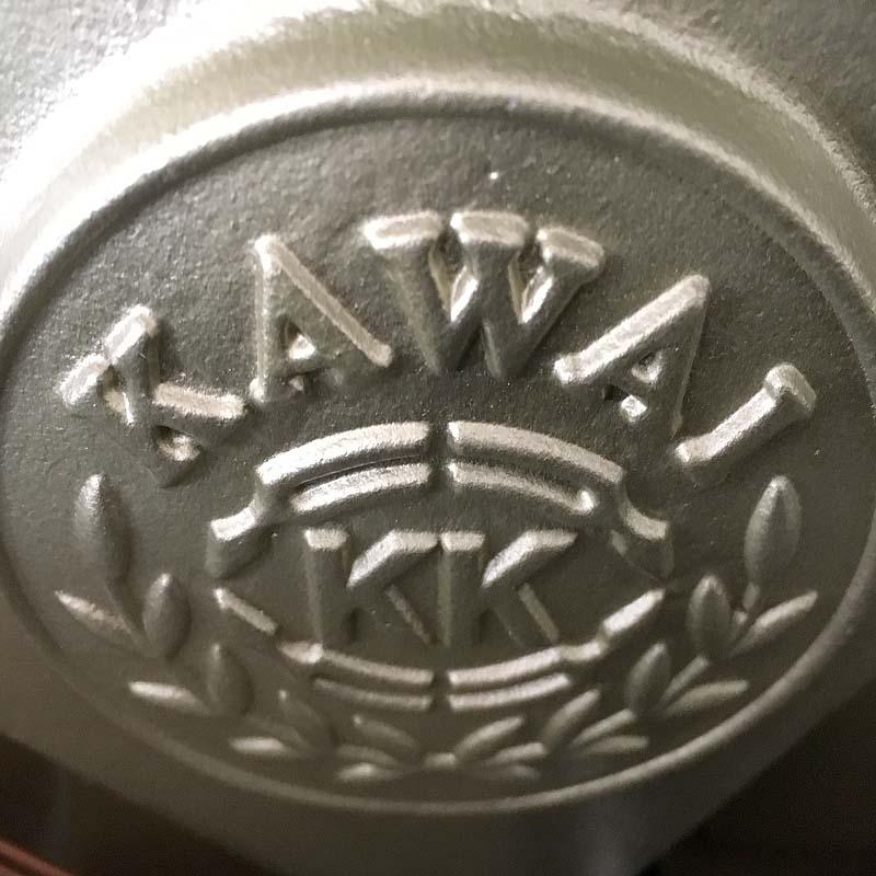 Kawai K200 chroom embleem