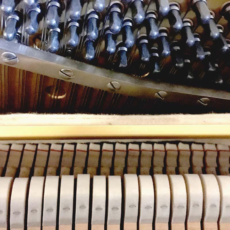 Yamaha U1H hamerkoppen en stempennen