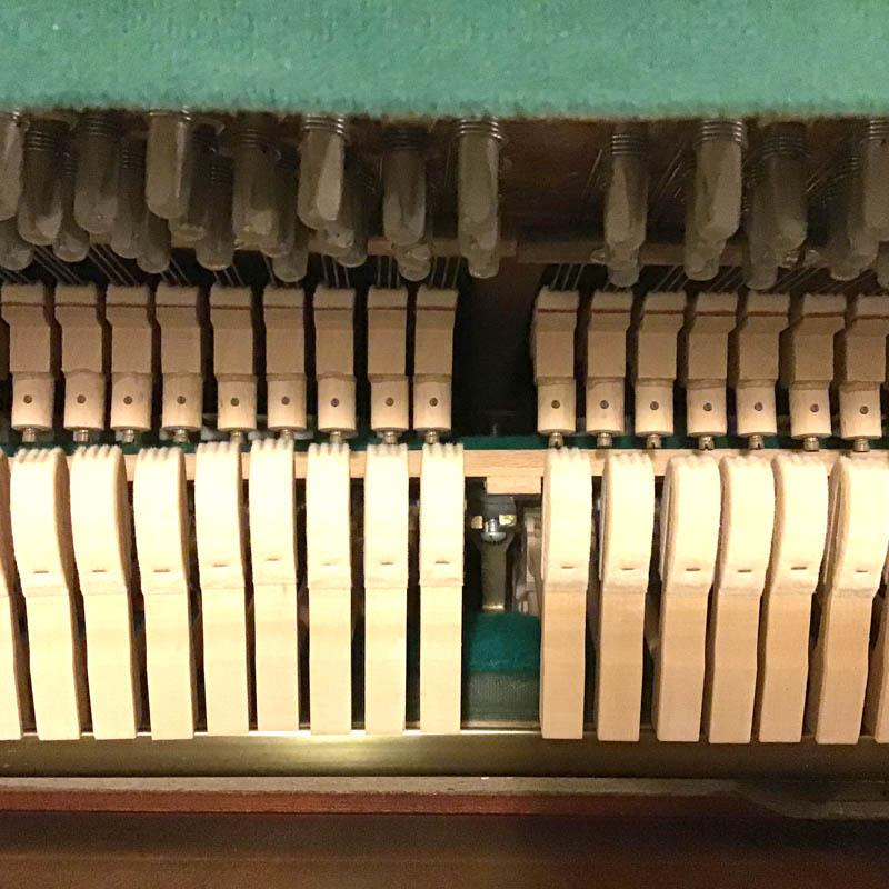 fuchs & Mohr hamers en stempennen mechaniek